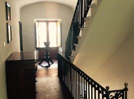 Casa Rossi, Tavernelle