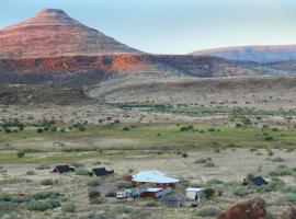 Etendeka Mountain Camp, Damaraland