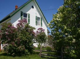 lovely green gable home in PEI on ROUTE 12