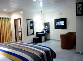 Golphin Hotel and Suites, Awka