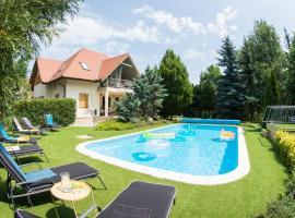 Villa Oliva, Zamárdi