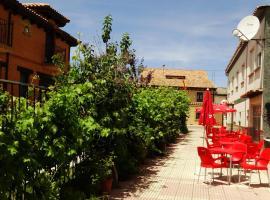 Albergue Peregrinos Santa Ana, San Martín del Camino (Hospital de Órbigo yakınında)