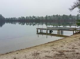 Camp Out Cottage on White Island Pond, Wareham
