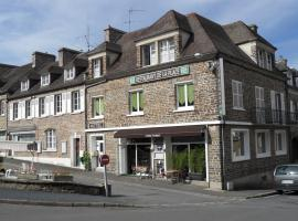 """Hôtel de la Place """"Chez Fanny"""", Pont-d'Ouilly (рядом с городом Le Mesnil-Villement)"""