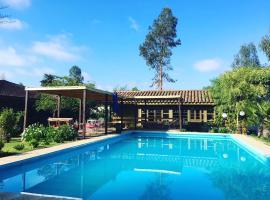 Hotel Hoja de Parra, Santa Cruz (Cunaco yakınında)