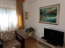 Apartment Una Strbacki Buk, Kulen Vakuf (Ćukovi yakınında)