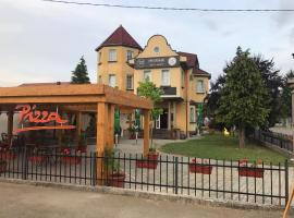 Casetta Pizza bar & Rooms, Banyaluka (Budžak yakınında)