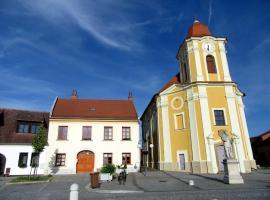 Apartmán U Kostela, Veselí nad Moravou (Strážnice yakınında)
