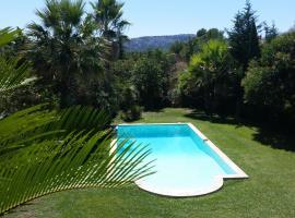 Villa Farniente, Éoures
