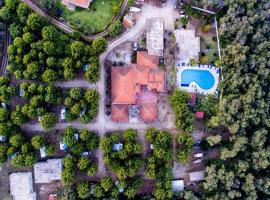 Kalamitsi Beach Camping Village, Превеза (рядом с городом Каламици)