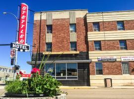 Stettler Hotel, Stettler (Warden yakınında)