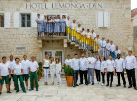 Hotel Lemongarden - Adults Only, Сутиван