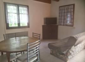 appartement T2 village favalello, Alando (рядом с городом Bustanico)