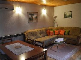 Apartment Racing, Beli Manastir (рядом с городом Popovac)