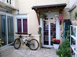 Chez Sonia et Jonas, L'Hay-les-Roses