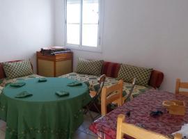 Fariss Apartment, Fnidek