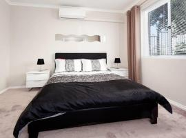 Nedlands Apartment, Perth