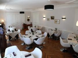 Hotel Restaurant Tour de Ciron, Carmaux