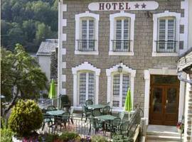 Hôtel des Voyageurs, Saint-Chély-d'Aubrac (рядом с городом Castelnau-de-Mandailles)