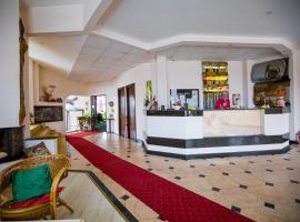 Hotel Onix, Ranca