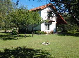 Cabañas Ruca Mawida, Merlo (Carpintería yakınında)