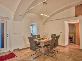 Apartment Pod velbi