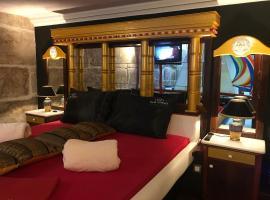 Apartment Paradiso, Split