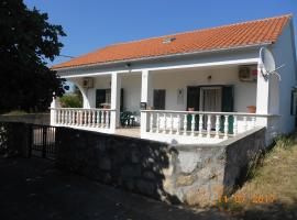 Sunny apartment, Olib