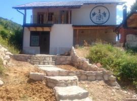 Guesthouse Una Riverlodge, Kulen Vakuf (Oštrelj yakınında)
