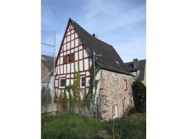 Schräges Haus, Treis-Karden (Brohl yakınında)