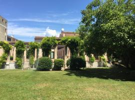 Ca'Bert Villa dei Glicini, Castelnuovo del Garda (Sandra yakınında)