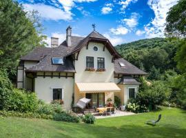 Villa Neuwirth, Greifenstein (Höflein an der Donau yakınında)
