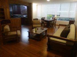 Atuk Apartment, Tumbaco (Hacienda Santa Rosa yakınında)