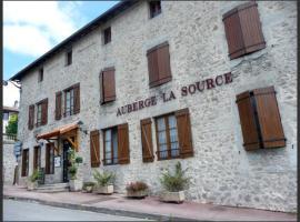 Auberge la Source - Logis Hôtels, Cieux (рядом с городом Oradour-sur-Glane)