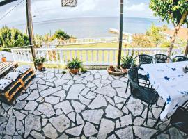 Villa Galanis by the sea, Нифорейка (рядом с городом Като-Ахайя)