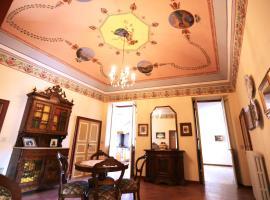 Casa Elegante di un Tempo, Chiusavecchia (Sarola yakınında)