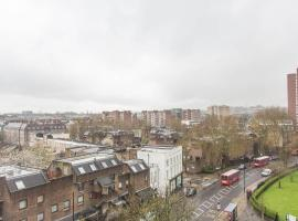 1 Bedroom Camden Town Penthouse Apartment, London