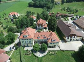 Hotel Dienstl Gut, Launsdorf