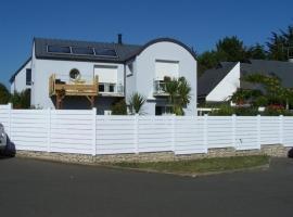 House Kairon, Saint-Pair-sur-Mer (рядом с городом Jullouville-les-Pins)