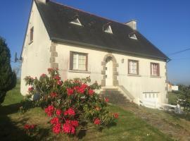 Joe hill view paradise, Plouguernével (рядом с городом Plounevez-Quintin)
