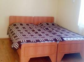 Ugur Motel, Xuray (Müqtǝdir yakınında)
