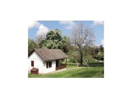 Holiday Home Grasmagnac - 08, Château-Chervix (рядом с городом Magnac-Bourg)