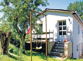Holiday home Dorfstr. K, Neuenkirchen auf Rugen (Grubnow yakınında)
