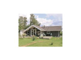 Holiday Home Faxe Ladeplads with Hot Tub XIII, Vallebo