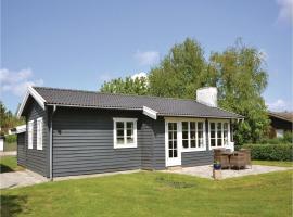 Holiday Home Kirke Hyllinge with Fireplace 10, Sæby (Uglestrup yakınında)