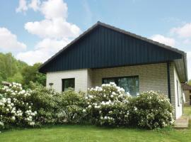Two-Bedroom Holiday Home in Marienmunster, Marienmünster (Bredenborn yakınında)
