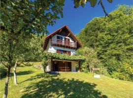 Three-Bedroom Holiday Home in Brod na Kupi, Brod na Kupi (рядом с городом Kupa)