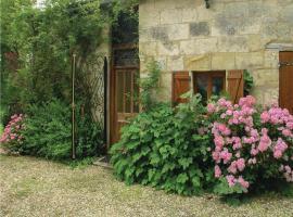 Holiday Home Rue De Piquerat, Saint-Martin-l'Astier (рядом с городом Saint-Laurent-des-Hommes)