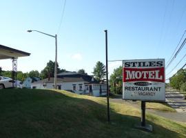 Stiles Motel, Woodstock (Hartland yakınında)
