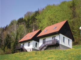Three-Bedroom Holiday Home in Starkov, Stárkov (Maršov nad Metují yakınında)